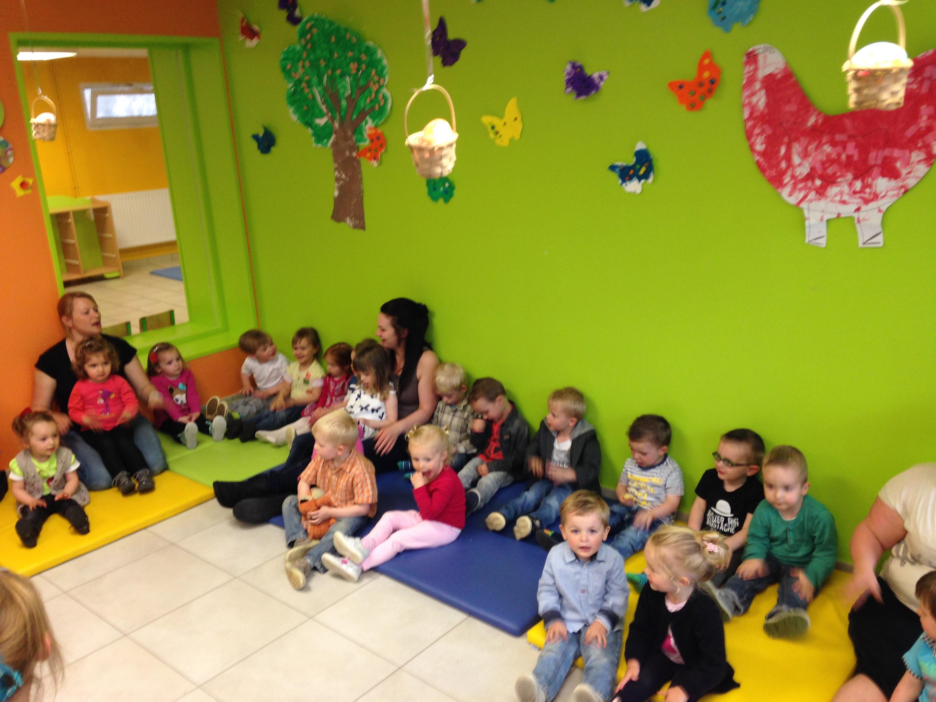 Une journ e au jardin d enfants ecole sainte famille d for Audruicq piscine